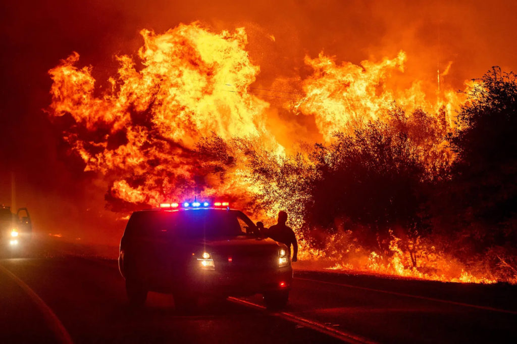 California wildfires creating toxic smoke, protect your lungs with proper masks, zee medical sacramento, zeesac